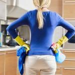 femme de ménage nettoie mieux
